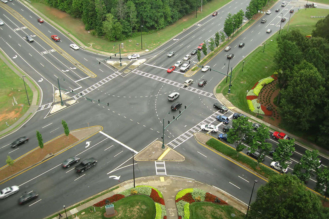 continuous-flow-intersection-photo
