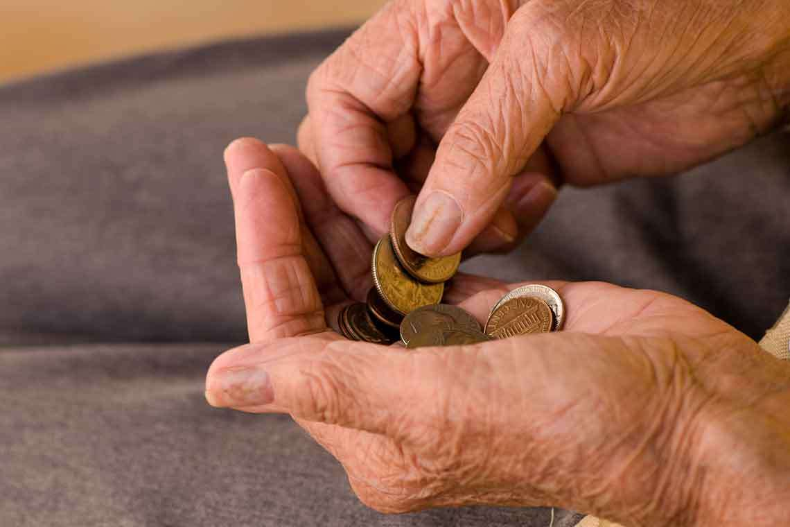 what-to-do-about-elder-financial-abuse-photo1