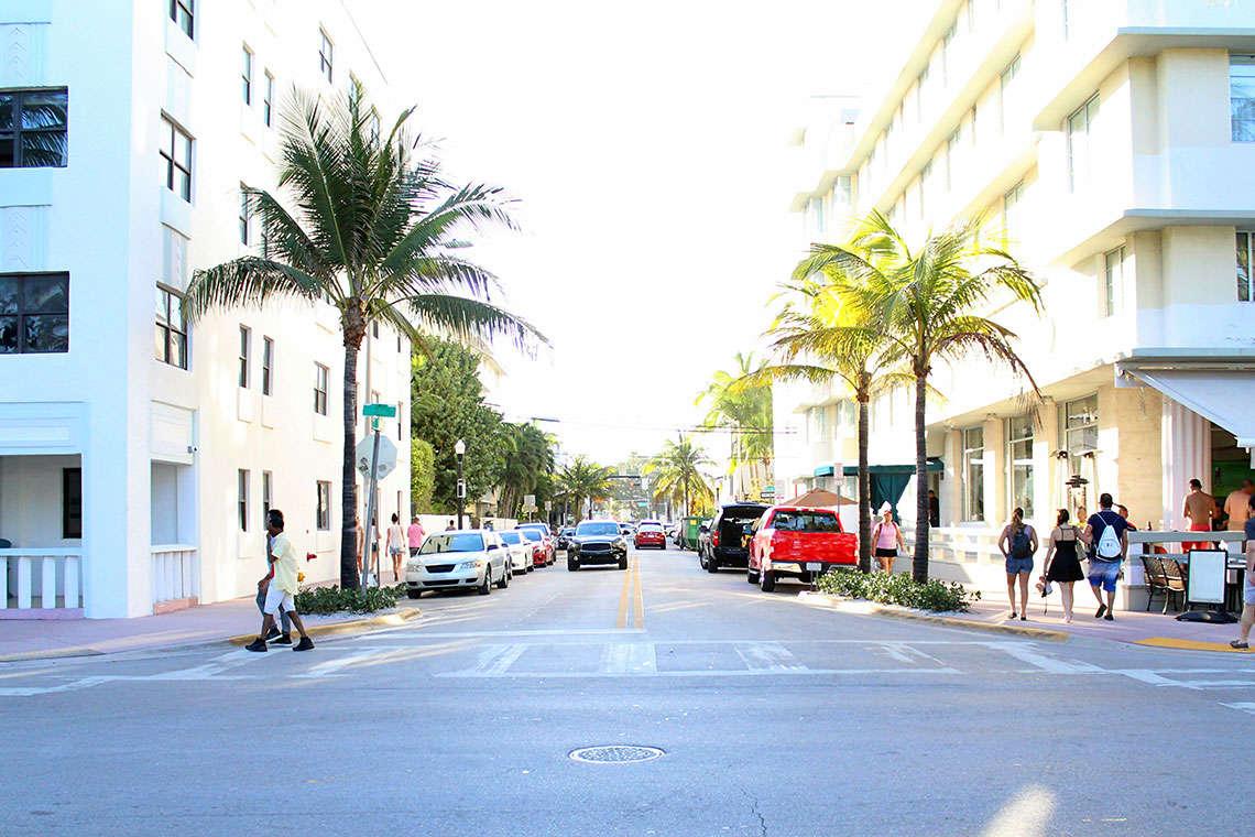 miamians-protect-pedestrians
