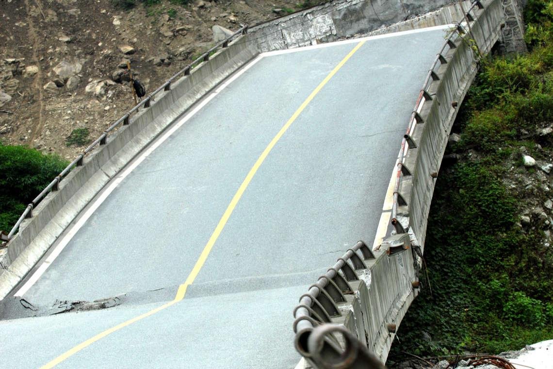 bridge-collapse-lawyer